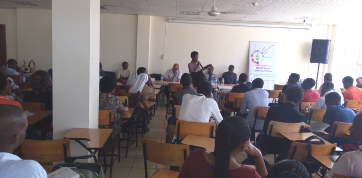 YOUNG ENTREPRENUEURS SHARE THEIR EXPERIENCE WITH UoK STUDENTS